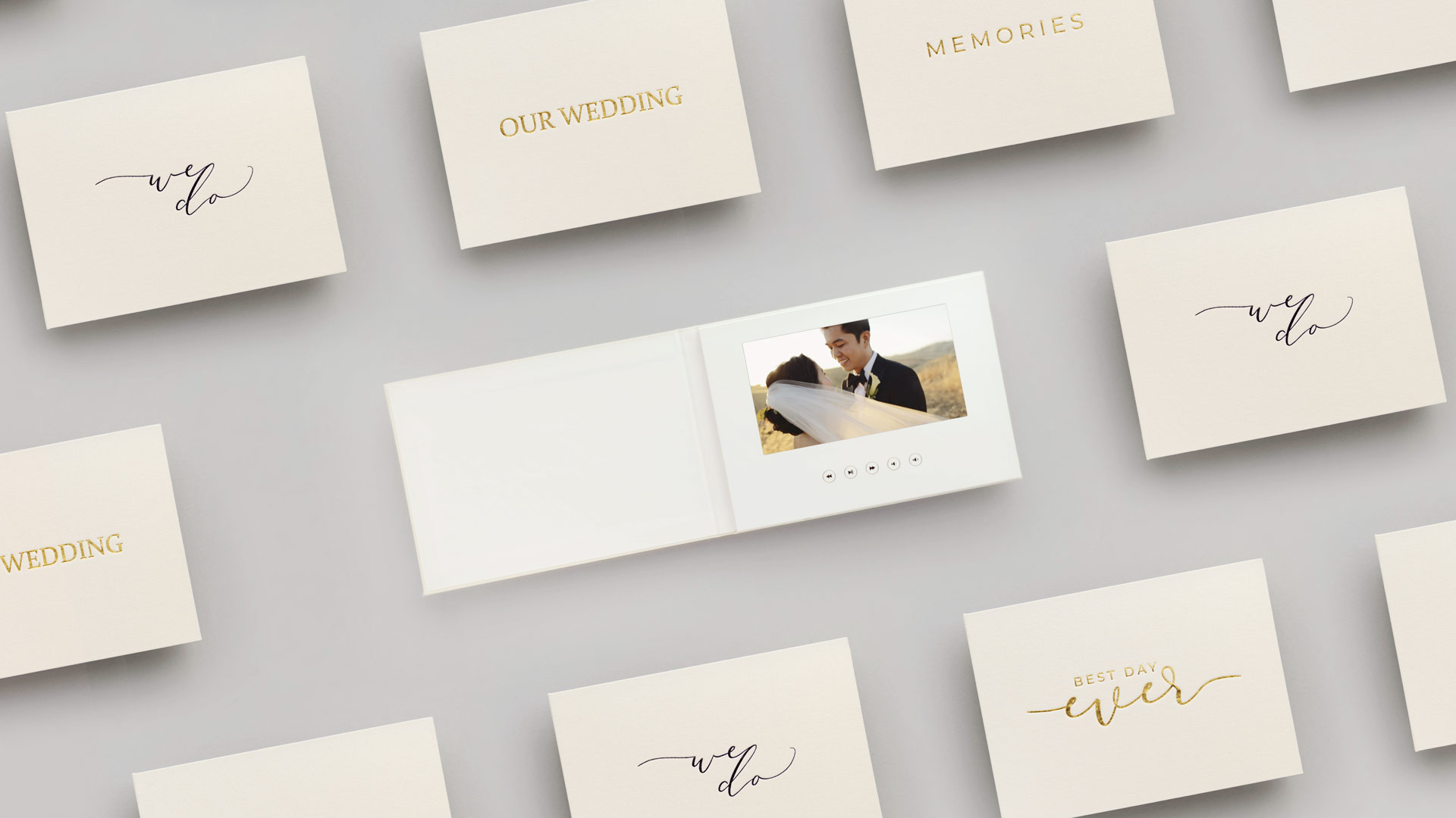 A new and revolutionary way to enjoy your wedding video - The Motion Books Video Books